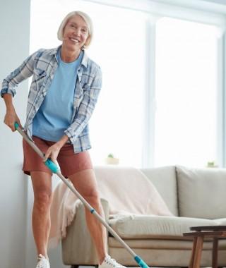 Recrute une aide ménagère pour l'entretien du domicile